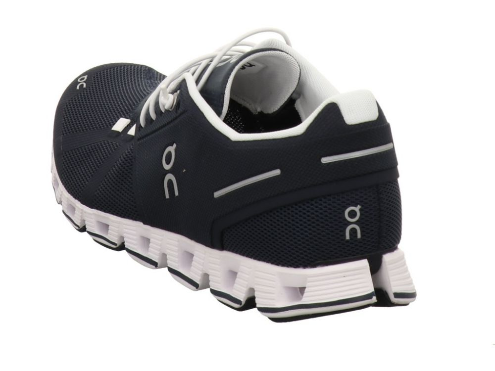 On Shoes Cloud Navy / White